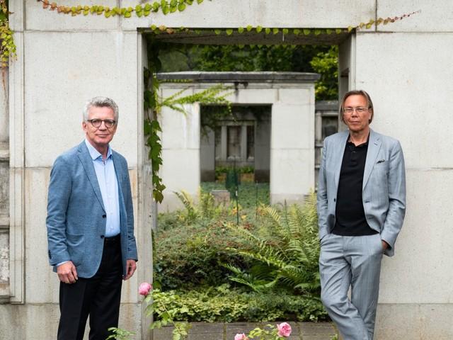 Soziologe Harald Welzer und Politiker Thomas de Maizière im Gespräch