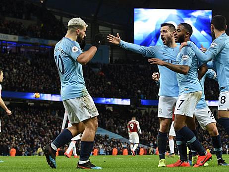 Premier League: Agüero-Dreierpack gegen Arsenal! City bleibt an Liverpool dran