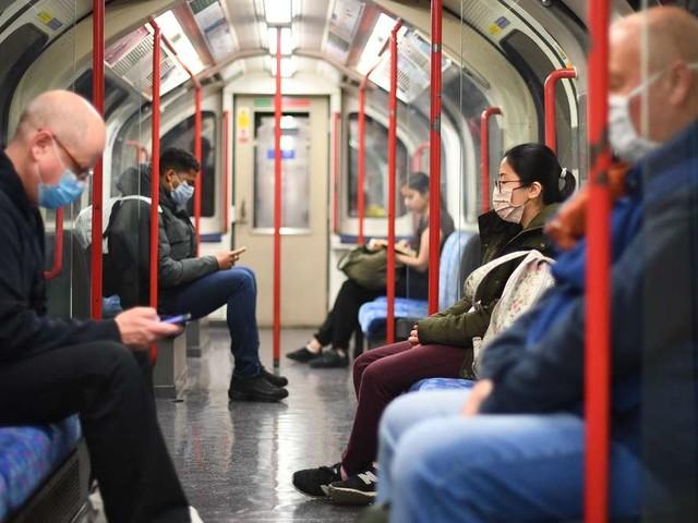 Aus Angst vor Corona: Mehr Stürze in Londoner U-Bahn-Stationen