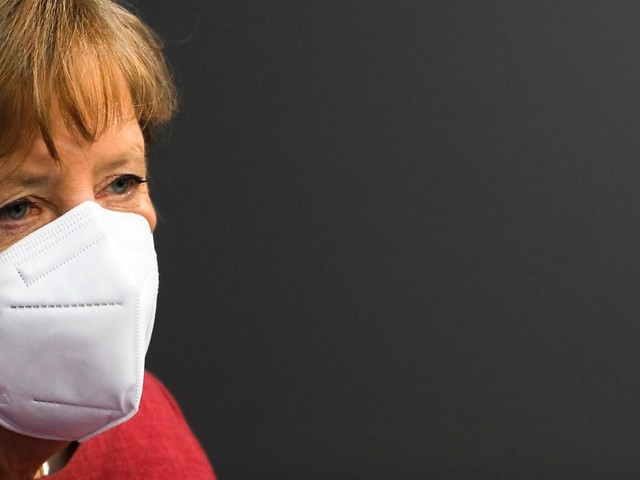 """""""Schlüssel"""" gegen Pandemie: Kanzlerin Merkel mit Astrazeneca geimpft"""