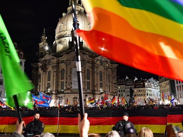 200. Pegida-Demo in Dresden: Höcke hat Angst vor Merz