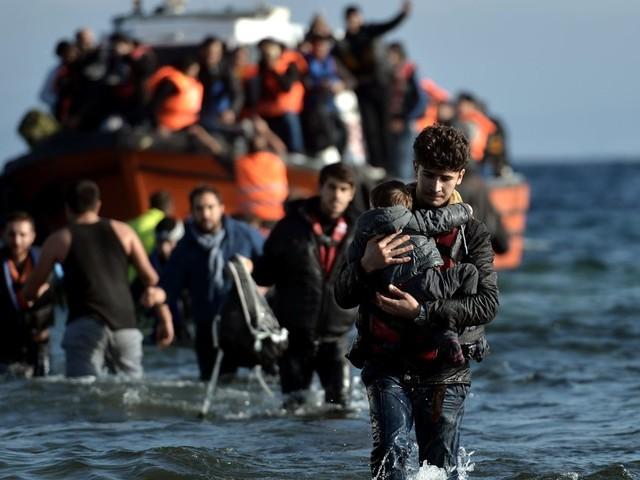 UN-Migrationspakt: Was passiert, wenn er angenommen wurde – und 7 weitere Fragen