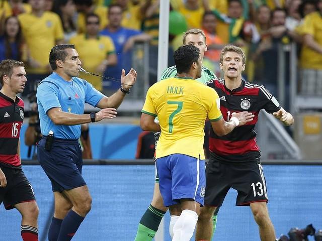 Fußball - Schiedsrichter des historischen 7:1-WM-Halbfinals gegen Brasilien wird Trainer