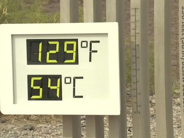 Video: 54 Grad Celsius! Sommeranfang im Death Valley