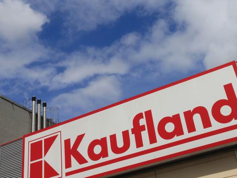 Kaufland drückt die Preise in den Keller: Neue Strategie ärgert Aldi, Lidl & Co.