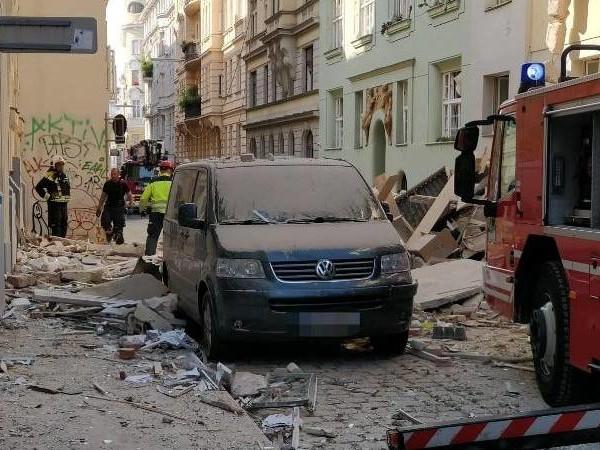 Eine Tote, viele Verletzte: Häuser bei Explosion in Wien teils eingestürzt