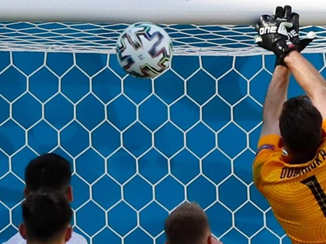 5:0 gegen die Slowakei: Slapstick-Eigentor hilft den Spaniern