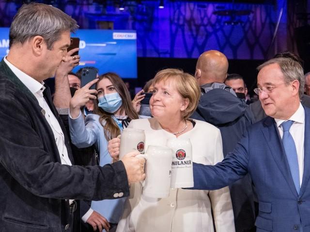 Wahlkampfendspurt: Gipfel der Politikinszenierungen