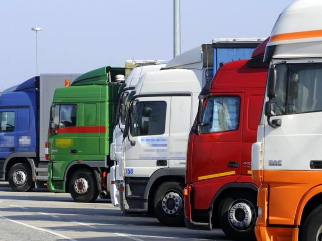 Mangel an Lkw-Fahrern beschert Großbritannien leere Regale