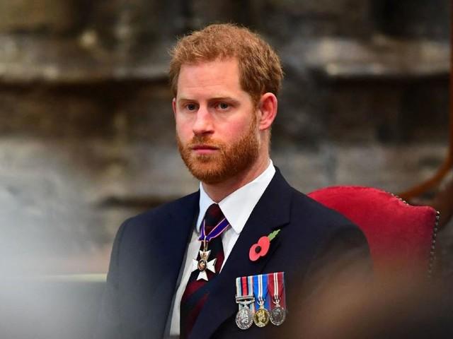 Emotionale Botschaft: Harry meldet sich nach Ankunft in England zu Wort