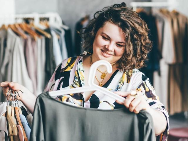 Statement-Looks für kurvige Frauen: 4 Statement-Styles, die kurvige Frauen im Herbst mehr tragen sollten