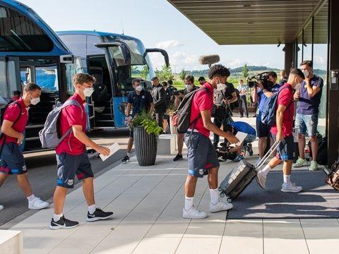 Saisonvorbereitung: Barcelona ohne Messi in der baden-württembergischen Provinz