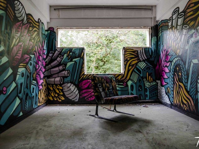 100 Street Artists haben dieses Schloss verschönert