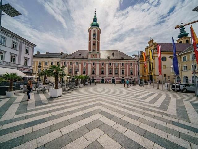 St. Pölten-Wahl: Rot bleibt absolut, blaues Debakel, Grüne im Glück