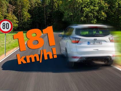 Raser auf der Autobahn A7 Raser fährt 100 Sachen zu schnell