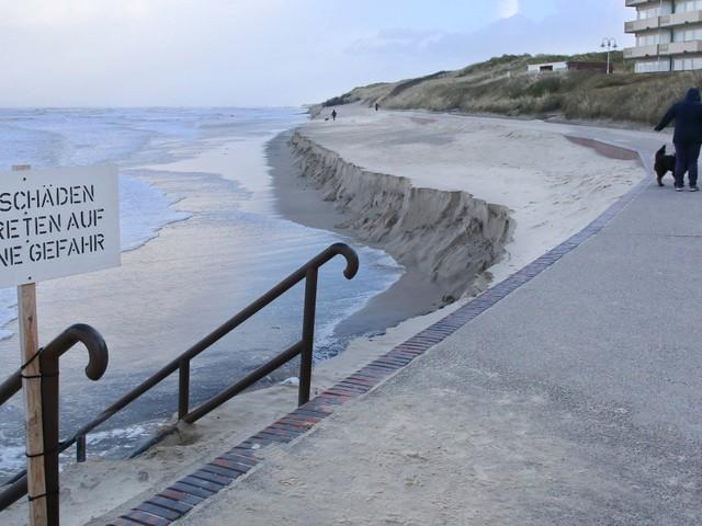 Strand auf Wangerooge nach Sturmfluten fast komplett weggespült
