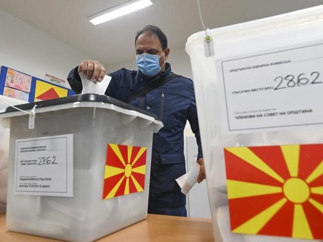 Duell der zwei großen Parteien bei Kommunalwahlen in Nordmazedonien