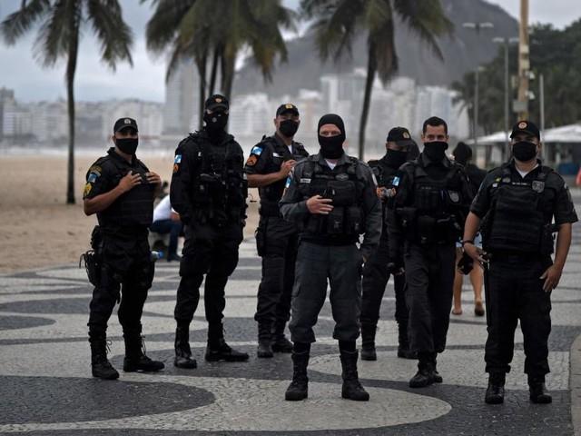 In der Corona-Krise: Tote statt Tore im Fußball-Zauberland