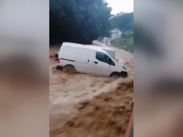 Hochwasser in Europa: Schwere Überschwemmungen in Belgien und London