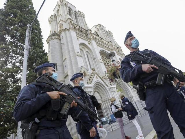 Messerangriff mit drei Toten: Zweite Festnahme nach Nizza-Attacke