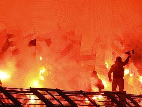 Bengalische Feuer und Böller: 80.000 Euro Strafe für Borussia Mönchengladbach