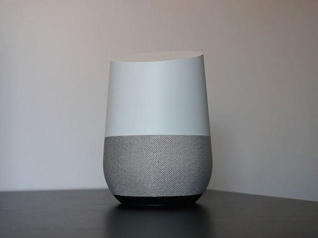 Google Home: Job-Eintrag bestätigt Speaker mit Touchscreen