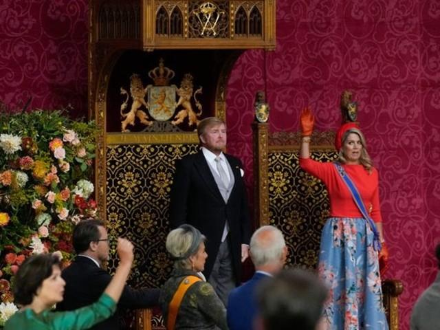 Regierung: Thronrede ohne Jubel - Königspaar im Popularitäts-Tief
