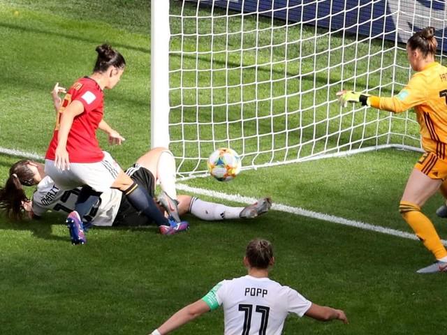 Frauen-WM: Deutschland setzt sich gegen Spanien durch