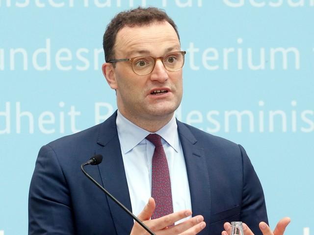Corona-News: Bis Ende Sommerferien könnten alle Jugendlichen geimpft sein + Bundestag beschließt Erleichterungen für Corona-Geimpfte