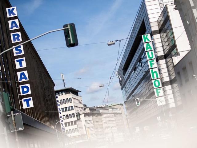 Bange Tage für 3.000 Mitarbeiter von Karstadt und Kaufhof