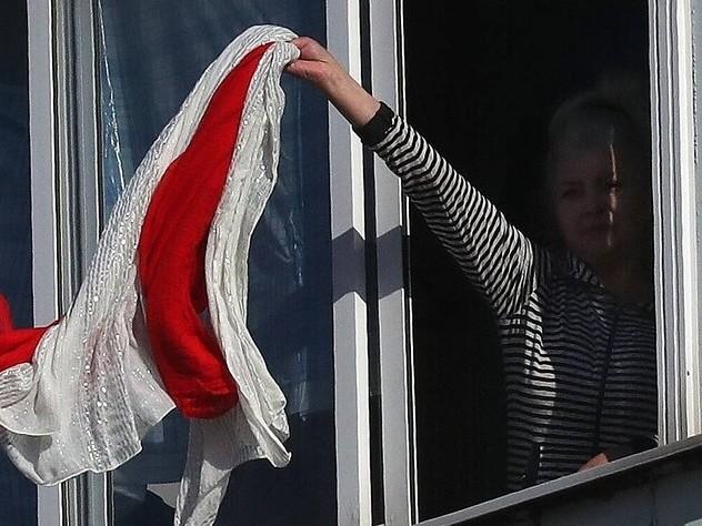 Zeichnen in Belarus: Protest in weiß-rot