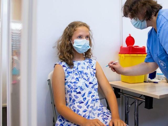 +++ Corona-Update +++: Plan des Gesundheitsministeriums: Mehr Impfungen für Jugendliche