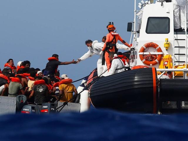 Salvini im Rücken: Italien dringt auf Verteilung von Migranten in der EU
