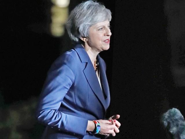 Brexit: Britisches Kabinett billigt Theresa Mays Brexit-Entwurf