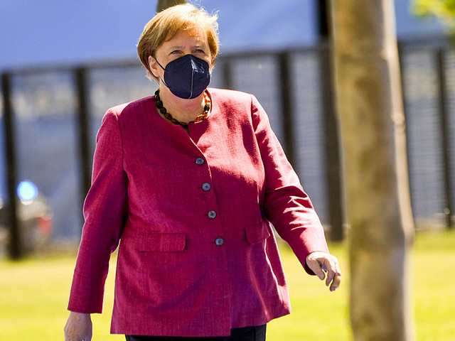 EM 2021: Merkel sieht volle EM-Stadien skeptisch