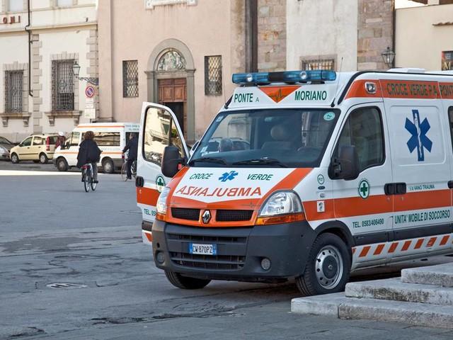 Bologna, Italien: Beschneidung im eigenen Zuhause: Baby erleidet Herzstillstand und stirbt