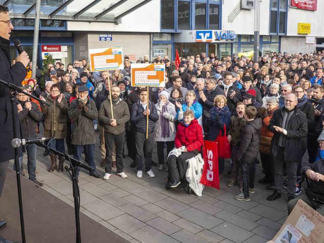 Eierwürfe und Katzenkot: Wenn Bürgermeister in Deutschland bedroht werden
