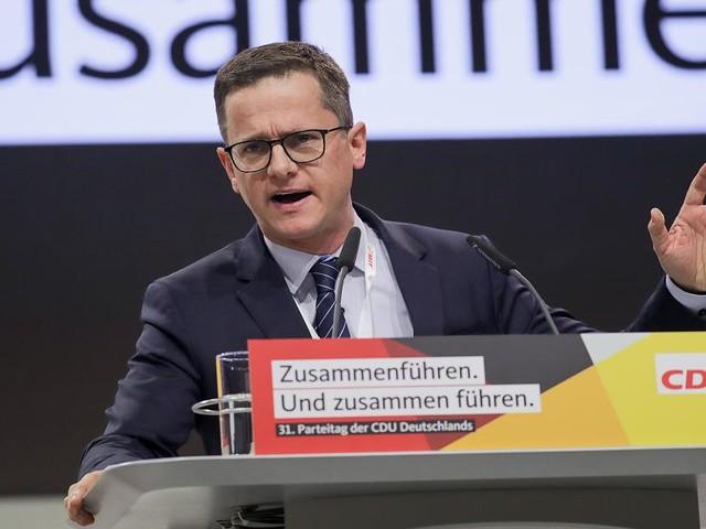 """Mittelstands-Chef der Union Carsten Linnemann - """"So wie es bei Hartz IV auch ist"""": CDU-Mann fordert Sanktionssytem für Flüchtlinge"""
