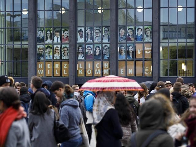 Bafög, Studienkredit & Co.: So finanziere ich das Studium