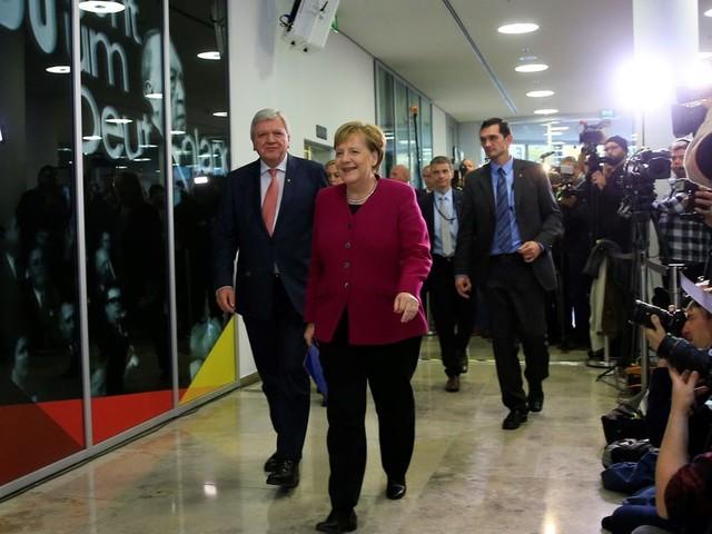 Merkels Rückzug-Ankündigung: So gespalten reagiert die Union