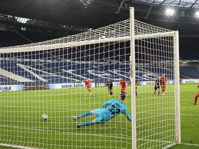 Kianz Froese erlöst TSV Havelse gegen Viktoria Köln