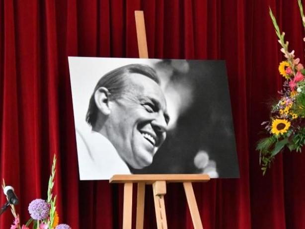 Trauerfeier: Abschied von Schauspieler Herbert Köfer