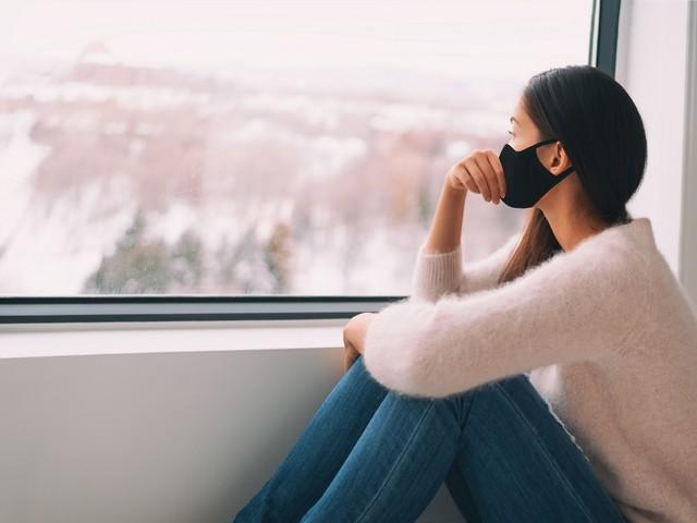 COVID-19: Erhöhte Bildschirmzeit mit psychischer Belastung verbunden