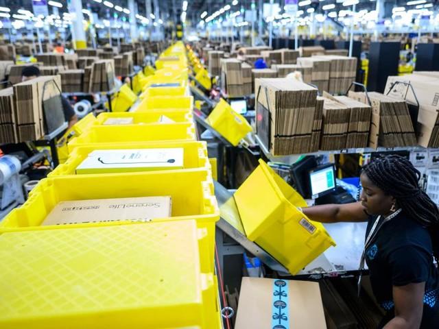 Amazon baut eigene Lagerhäuser für gefährliche Güter