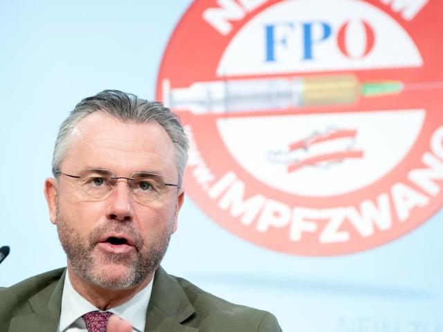 """Hofer: """"Wie hoch ist 7-Tages-Inzidenz bei ÖVP-Skandalen?"""""""
