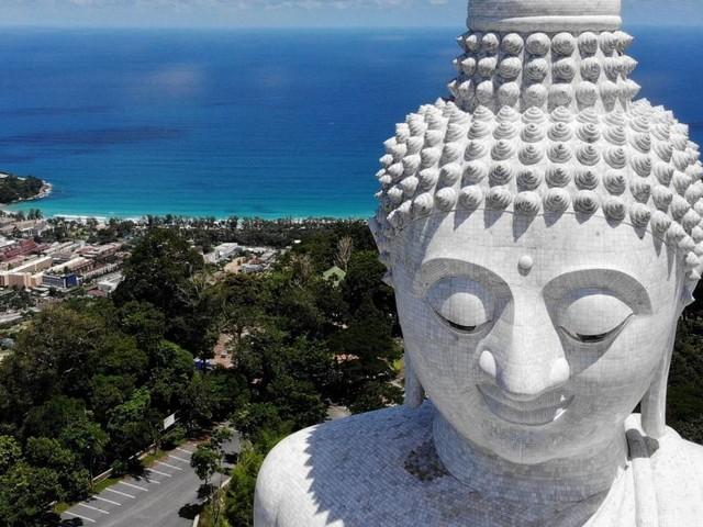 """""""Riskantes Experiment"""": Phuket öffnet für geimpfte Touristen"""
