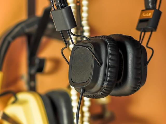 Gaming-Zubehör: Diese Headset-Halterungen sorgen für einen ordentlichen Schreibtisch