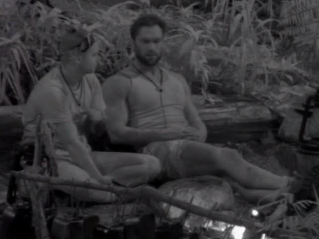 """+++ Das Dschungelcamp im Live-Ticker +++ - """"Ich wurde jeden Tag verprügelt"""": Bastian Yotta überrascht mit Kindheits-Beichte"""