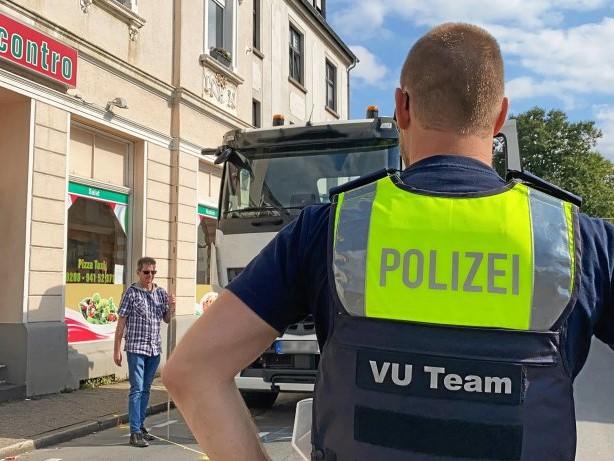 Ermittlungen: Tödlicher Unfall in Mülheim: Polizei stellt Geschehen nach