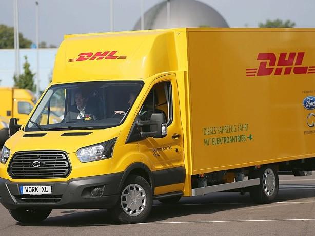 E-Mobilität: Post und Ford präsentieren gemeinsam neuen E-Transporter